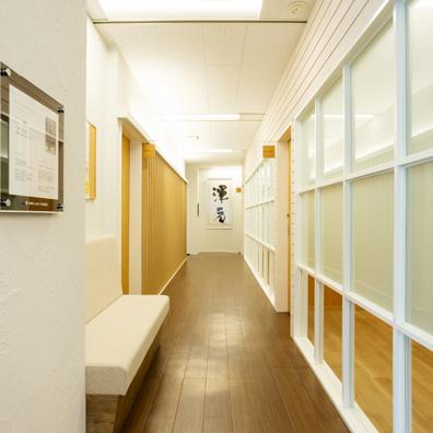 メンタルヘルスクリニック内-廊下