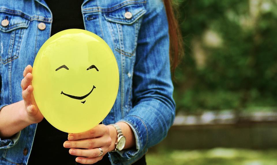 メンタルヘルスにおける笑顔