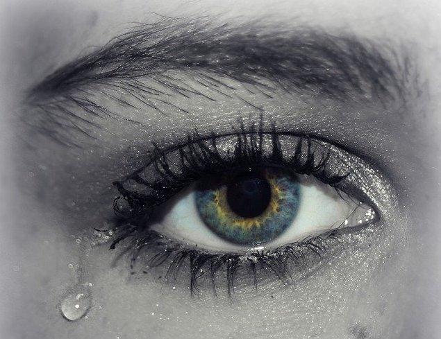 メンタルヘルスコラム:「泣く」ことで得られる心身のメリット