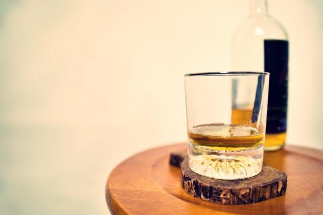 アルコールに依存することの弊害
