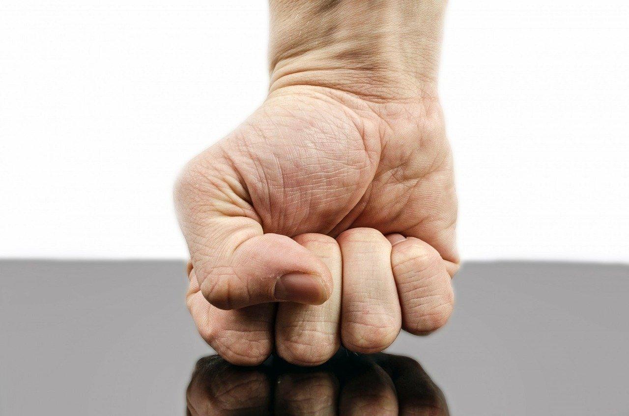 メンタルヘルスコラム:怒りの感情との付き合い方