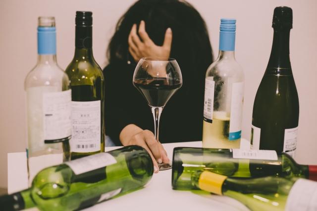 メンタルヘルスコラム:コロナ禍での飲酒量の増加について